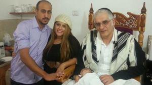 Ариэль, родители и доктор Серраф